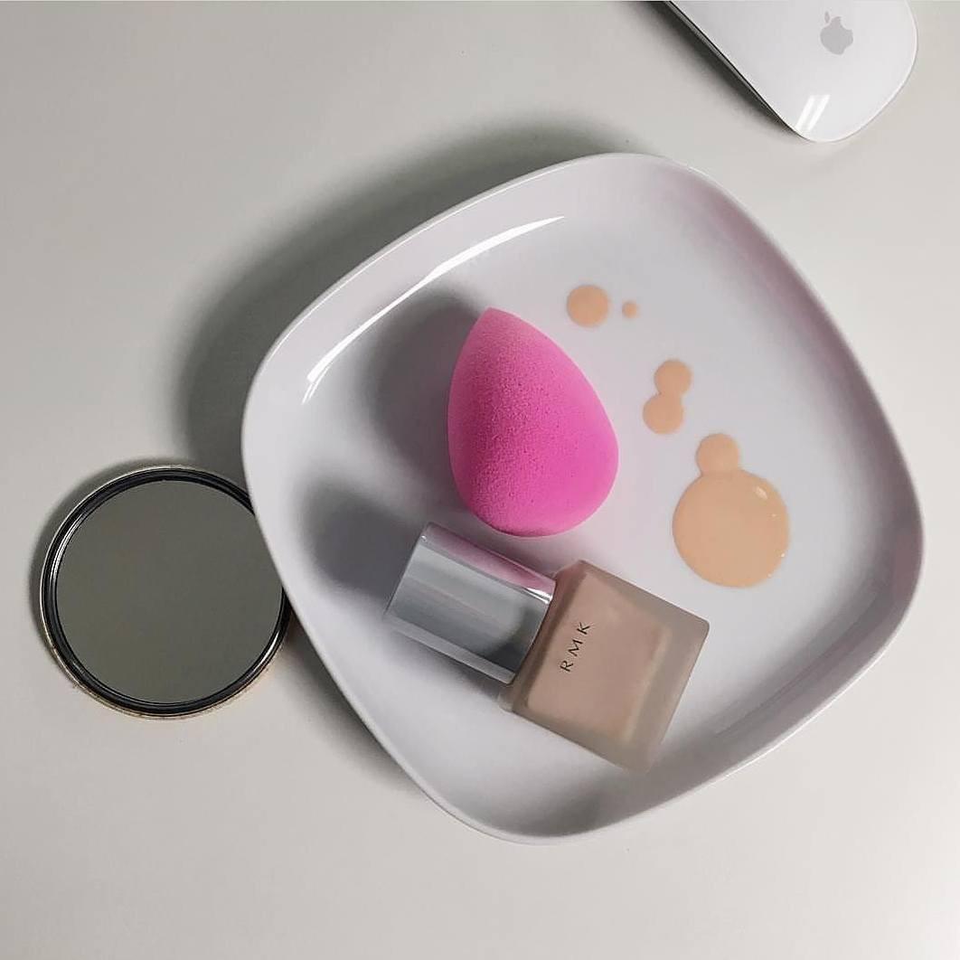"""Nếu makeup mãi chẳng đẹp như người ta, dự là bạn chưa biết đến loại """"nước thần"""" có đến 4 cách dùng khác nhau - Ảnh 3."""