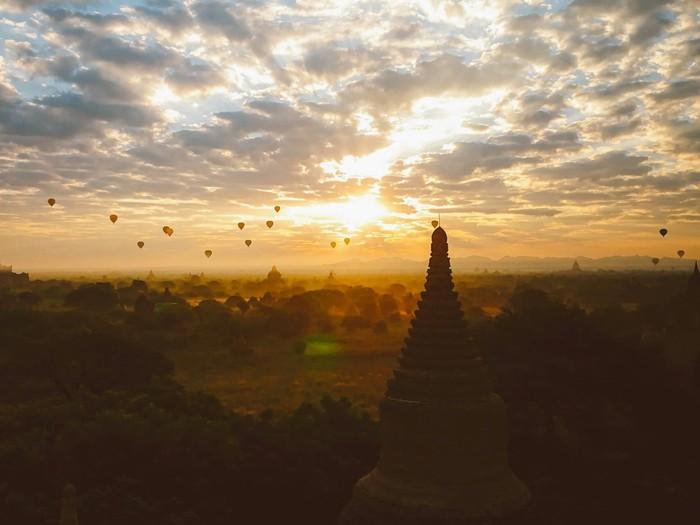 Tiếng vó ngựa len lỏi giữa những khu đền ở Myanmar