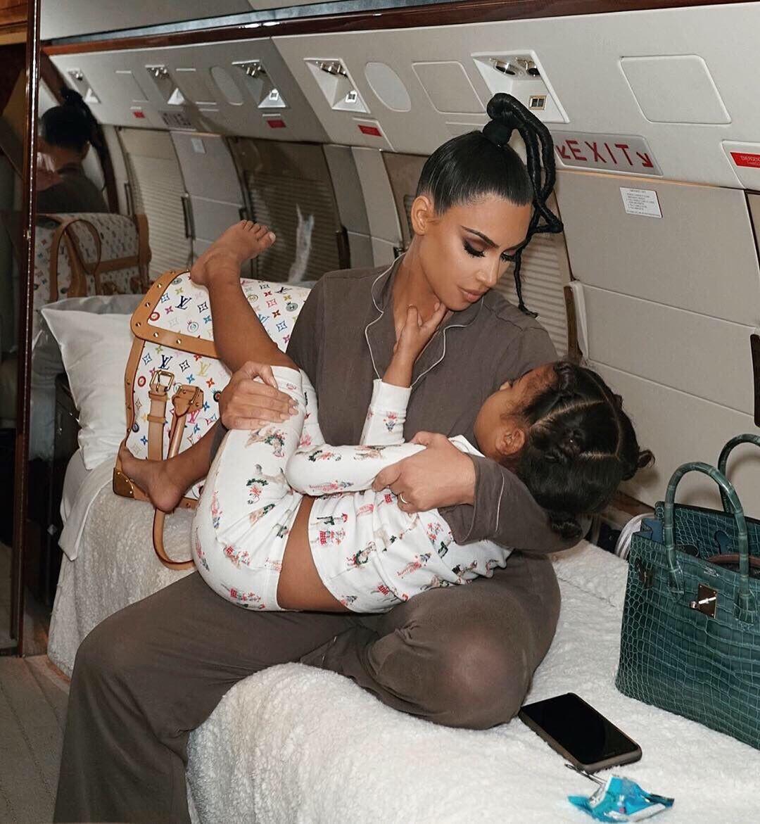 Loạt ảnh chứng minh con gái lớn nhà Kim Kardashian chính là công chúa nhỏ chịu chơi và sang chảnh bậc nhất Hollywood - Ảnh 6.