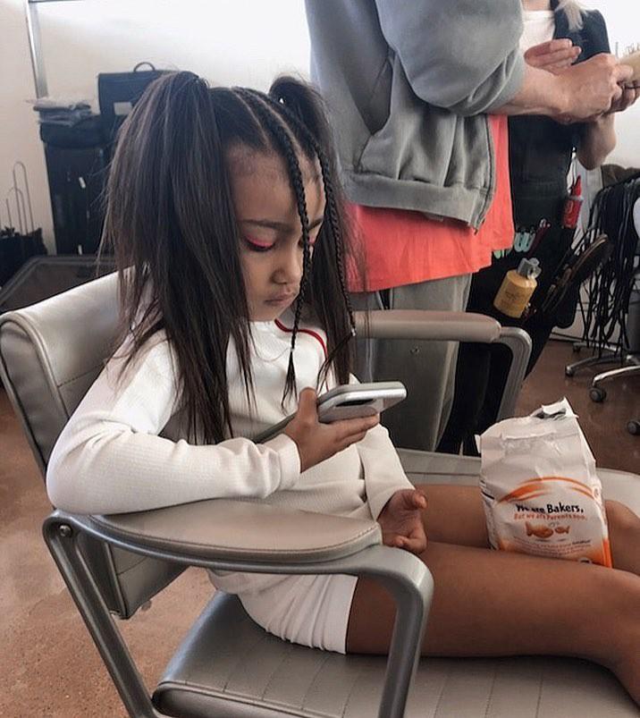 Loạt ảnh chứng minh con gái lớn nhà Kim Kardashian chính là công chúa nhỏ chịu chơi và sang chảnh bậc nhất Hollywood - Ảnh 5.