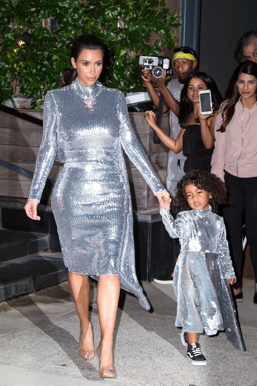 Loạt ảnh chứng minh con gái lớn nhà Kim Kardashian chính là công chúa nhỏ chịu chơi và sang chảnh bậc nhất Hollywood - Ảnh 9.
