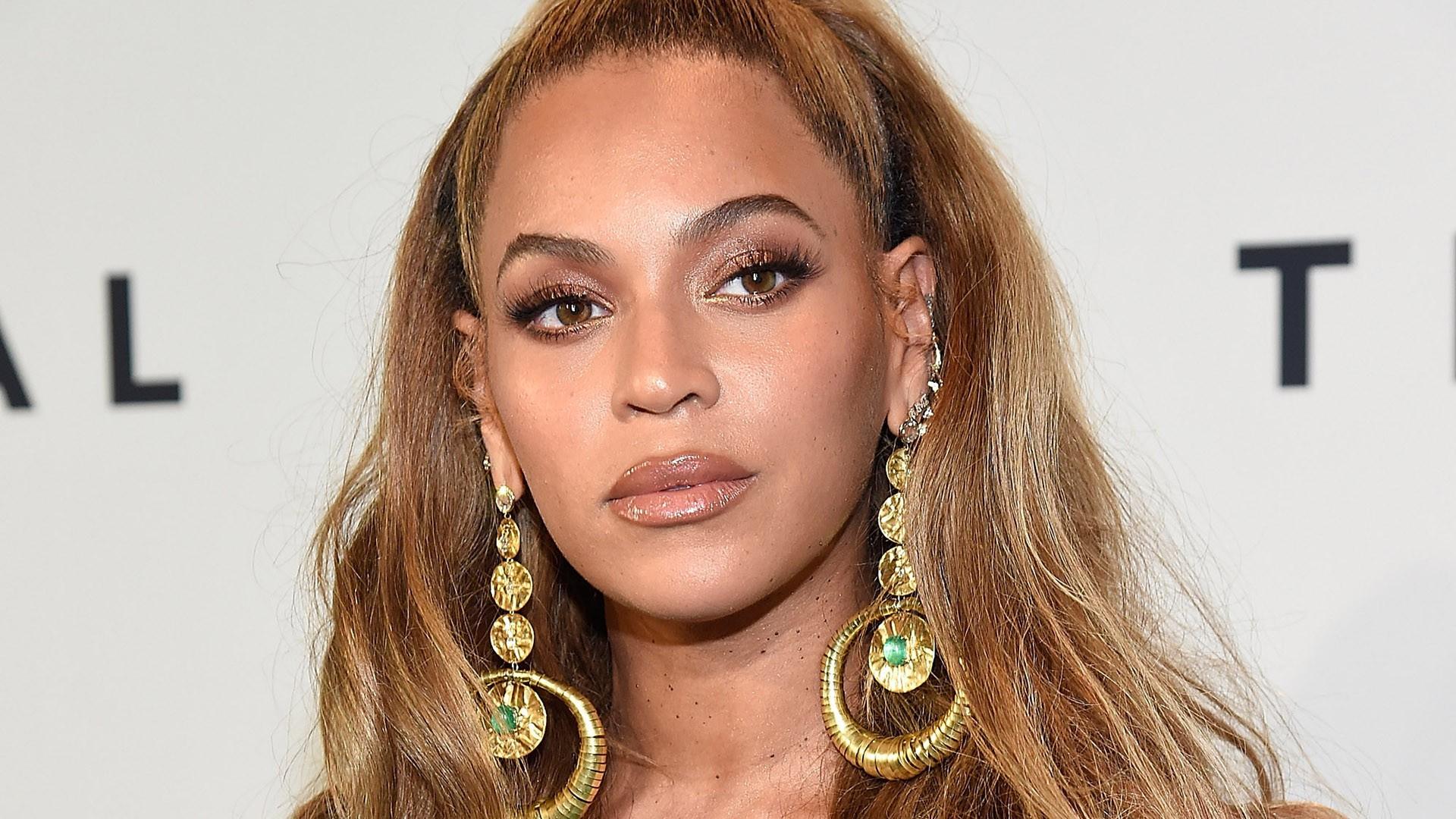 Top 80 phụ nữ giàu nhất nước Mỹ: Rihanna bỏ xa Taylor Swift trong ngỡ ngàng, tỷ phú Kylie Jenner vượt mặt cả chị Kim - Ảnh 7.
