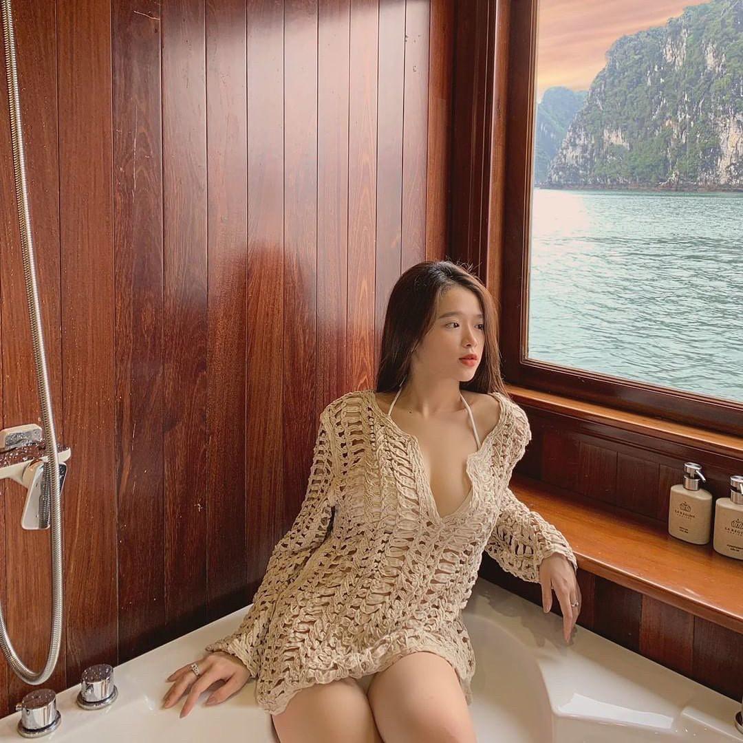 Chị em mất 10 năm, riêng Linh Ka chỉ mất 2 năm và 4 lần diện bikini để khiến dân mạng trầm trồ vì lột xác phổng phao - Ảnh 7.