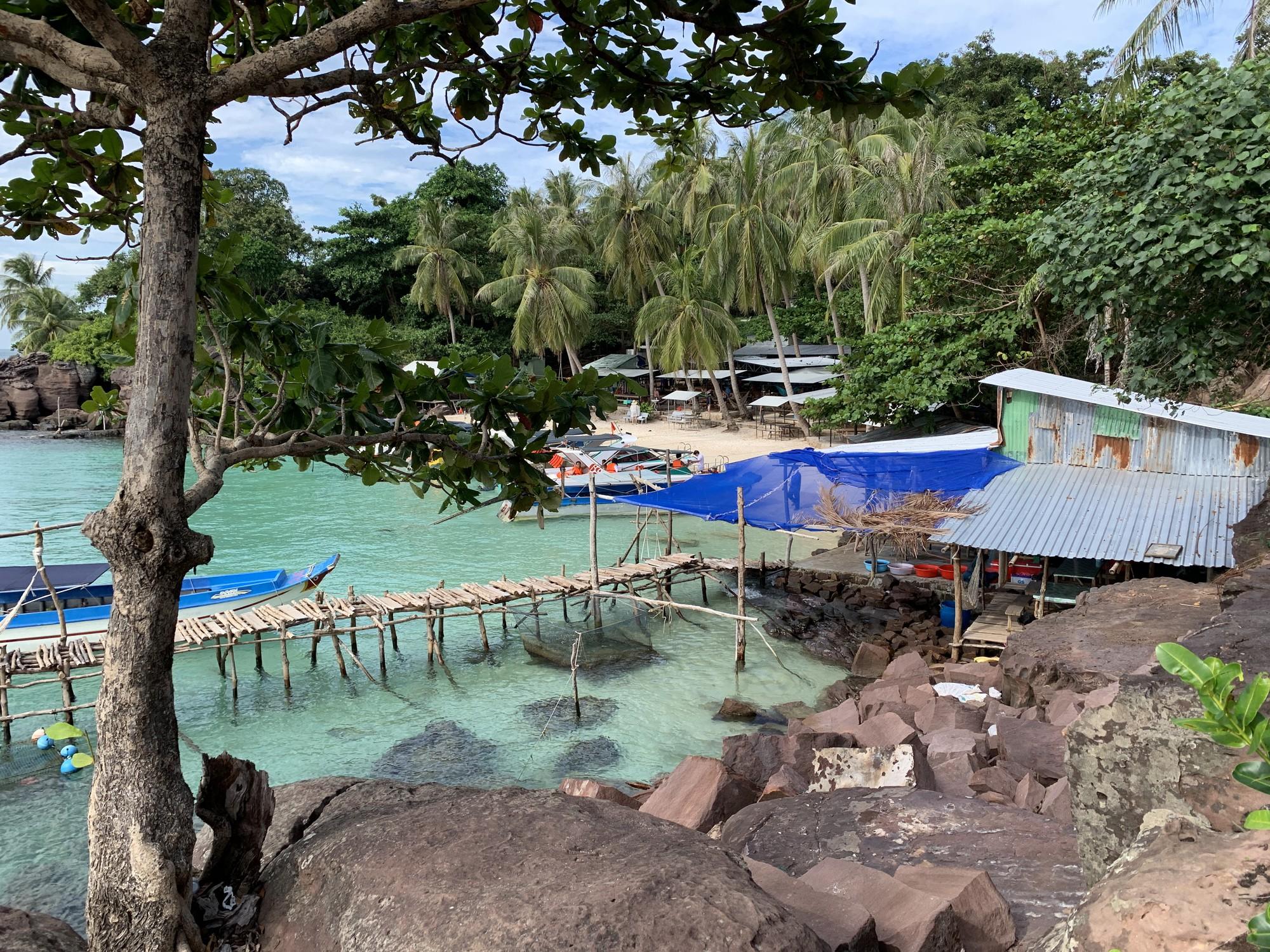 """Hòn Móng Tay ở Kiên Giang thay đổi chóng mặt sau vài năm, du khách tiếc nuối tự hỏi: """"Ốc đảo Robinson"""" nay còn đâu? - Ảnh 5."""