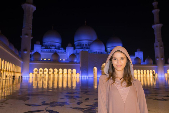21 tuổi, cô gái này đã trở thành người trẻ nhất từng đặt chân đến tất cả các quốc gia trên thế giới! - Ảnh 3.