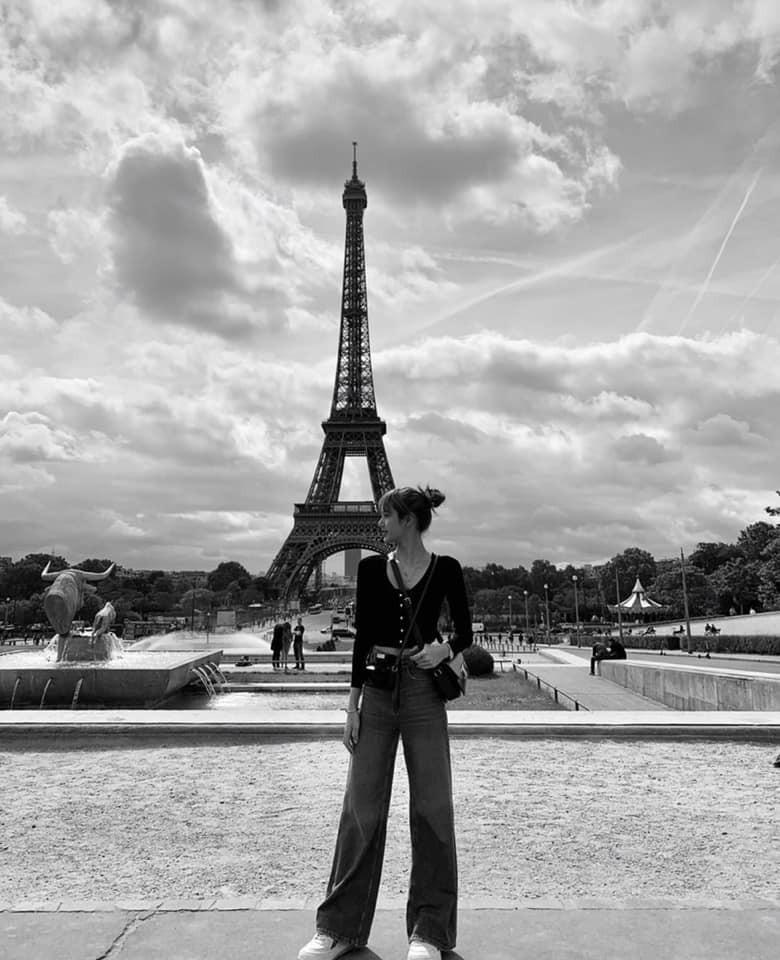 Chuyến đi châu Âu hơn 10 ngày của BLACKPINK chính là lịch trình hoàn hảo cho ai muốn khám phá những địa danh vừa lạ vừa quen ở trời Tây - Ảnh 19.