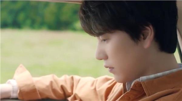 Không chỉ sợ fan bỏ mình mà đi, Kyuhyun còn có một nỗi lo lắng khác cũng 'ám ảnh' chẳng kém - nỗi lo giọng không còn hay.