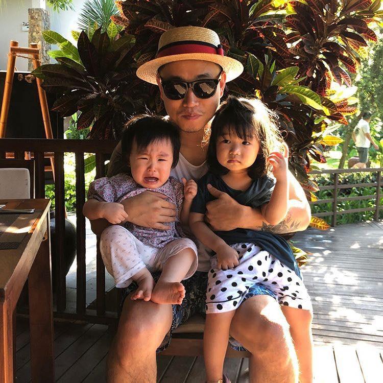 Kang Gary bất ngờ có mặt tại Đà Nẵng, thân thiện chụp ảnh nhưng phản ứng của fan mới đáng chú ý - Ảnh 3.