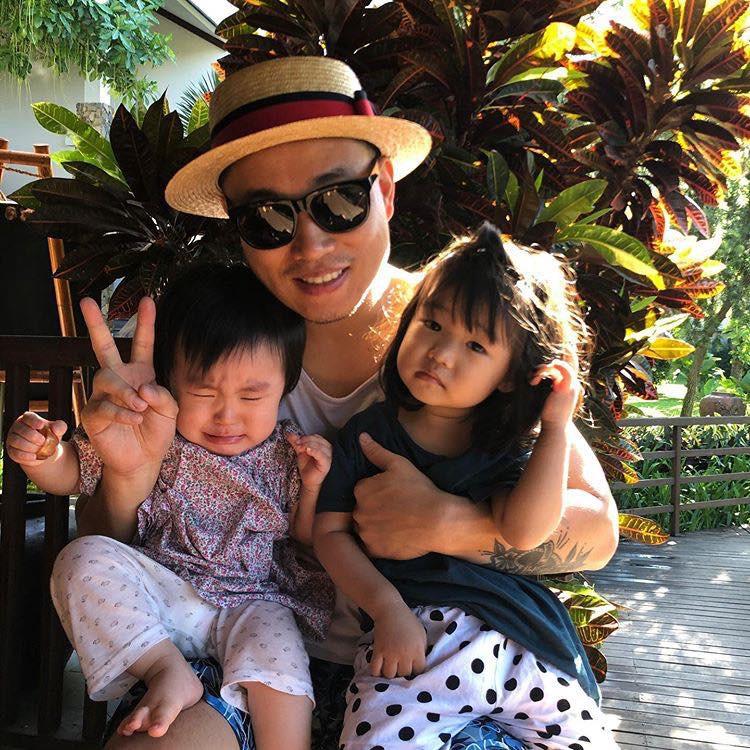 Kang Gary bất ngờ có mặt tại Đà Nẵng, thân thiện chụp ảnh nhưng phản ứng của fan mới đáng chú ý - Ảnh 4.