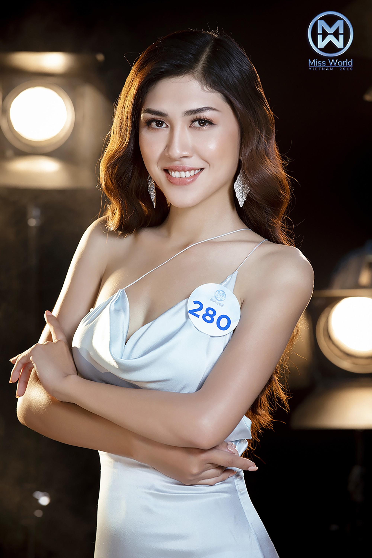 """Miss World Việt Nam tung ảnh cực """"nuột nà"""" của 34 người đẹp chung khảo phía Nam, tuyên bố đặc cách thí sinh vào thẳng Chung kết - Ảnh 32."""
