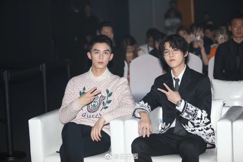 Góc trai đẹp bổ mắt: Luhan gây bão vì soái ca U30 hack tuổi, cạnh tranh sắc vóc với đàn em Ngô Lôi kém 9 tuổi - Ảnh 3.
