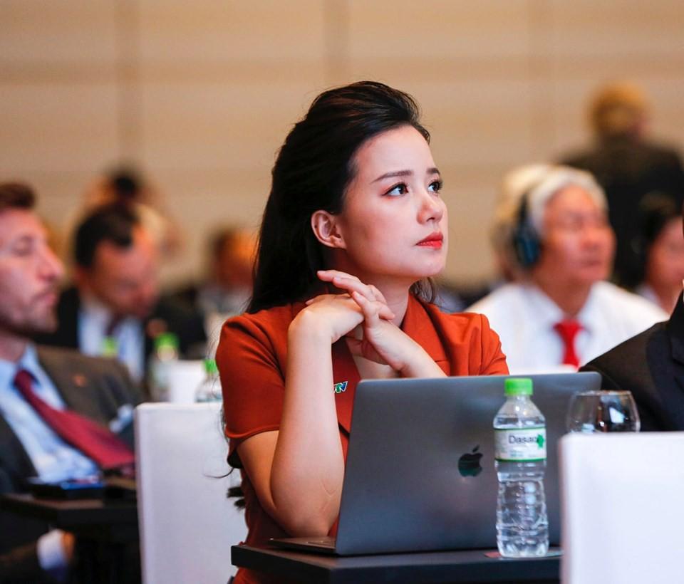 """Xứng danh """"bà mẹ siêu nhân"""", MC Minh Trang thông báo mang bầu lần 4 khiến hơn 8 nghìn người ngỡ ngàng - Ảnh 6."""