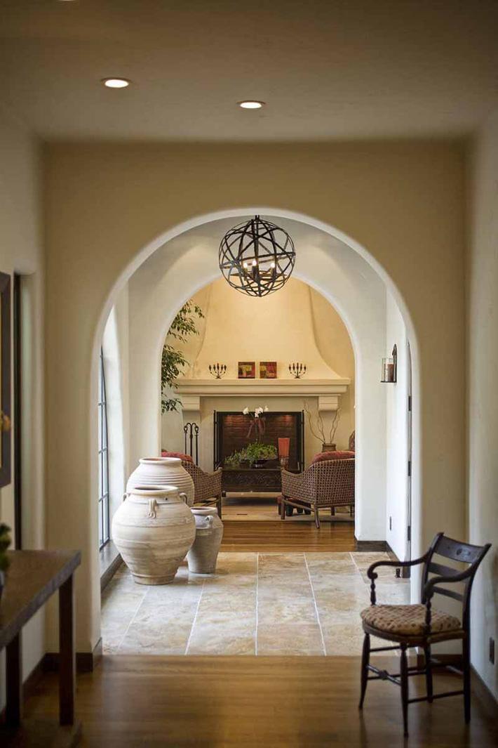 Ghi lại ngay vài tuyệt chiêu trang trí để lối hành lang của gia đình không còn nhàm chán - Ảnh 4.