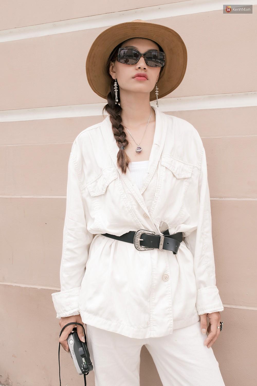 Street style giới trẻ Việt tuần qua: chẳng ưu tiên đồ mát mẻ, các bạn trẻ bất chấp mặc ngốt miễn sao có hình OOTD thật chất - Ảnh 6.