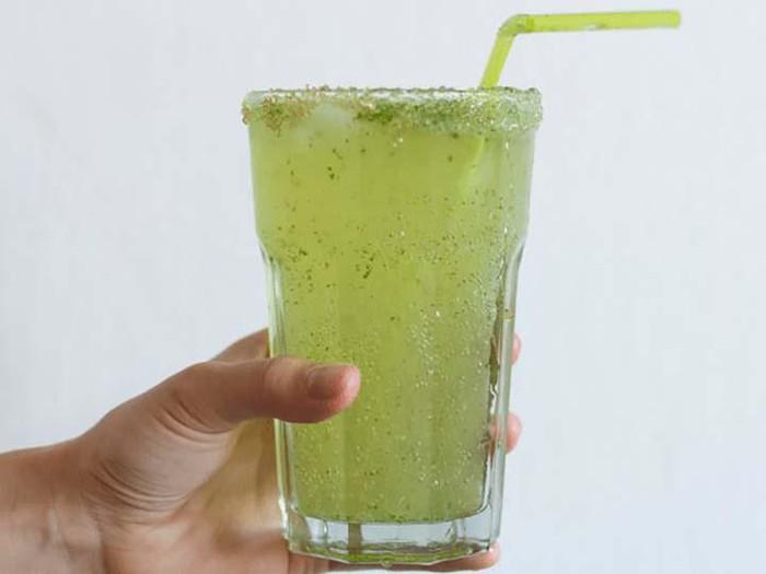 10 loại thức uống đơn giản tự tay làm giúp giảm cân nhanh
