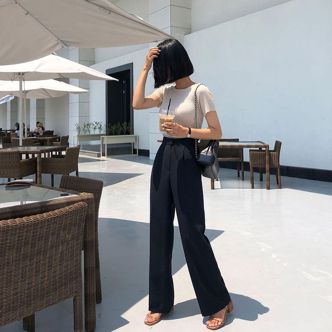 Chân sẽ ngắn hơn, tổng thể vóc dáng thì lùn một mẩu nếu bạn diện kiểu quần ống rộng này - Ảnh 6.