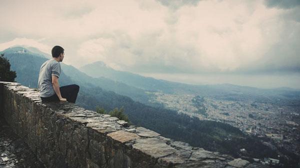 Người có thể đồng hành cùng bạn một đoạn đường thì nhiều nhưng người có thể cùng bạn đến cuối con đường thì chẳng có ai…
