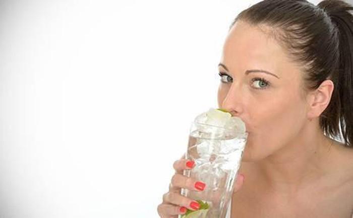 6 cách đơn giản ai cũng làm được giúp giảm cân không ngờ