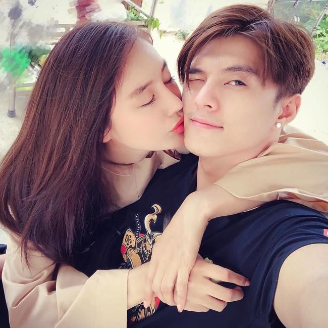 Chỉ vì một chi tiết này, Linh Chi và Lâm Vinh Hải lộ nghi vấn đã đăng ký kết hôn sau gần 3 năm yêu - Ảnh 2.