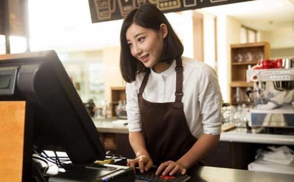 Crush cô thu ngân quán cà phê, chàng trai cần mẫn đến mua latte siêu ngọt mỗi ngày để rồi bị tiểu đường sau 2 năm - Ảnh 1.