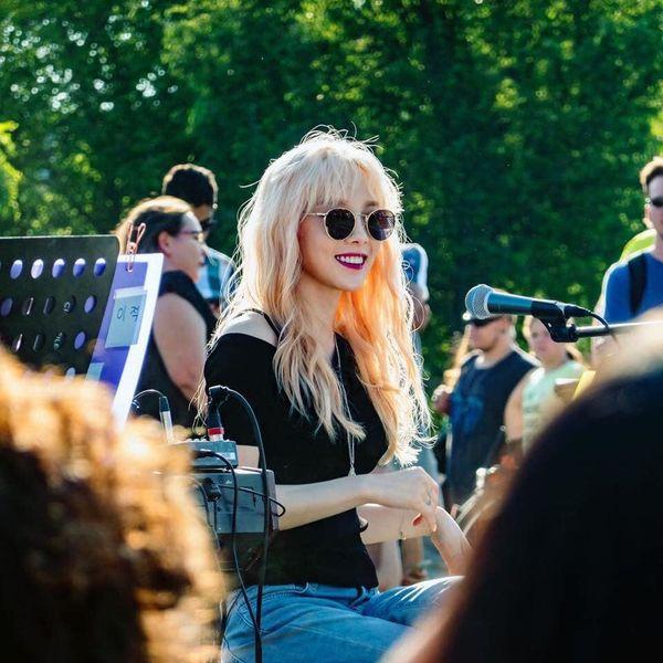 Loạt khoảnh khắc đẹp 'ná thở' của Taeyeon (SNSD) dưới cái nắng vàng óng của trời Tây khiến fan nhẹ nhõm hơn bao giờ hết 6