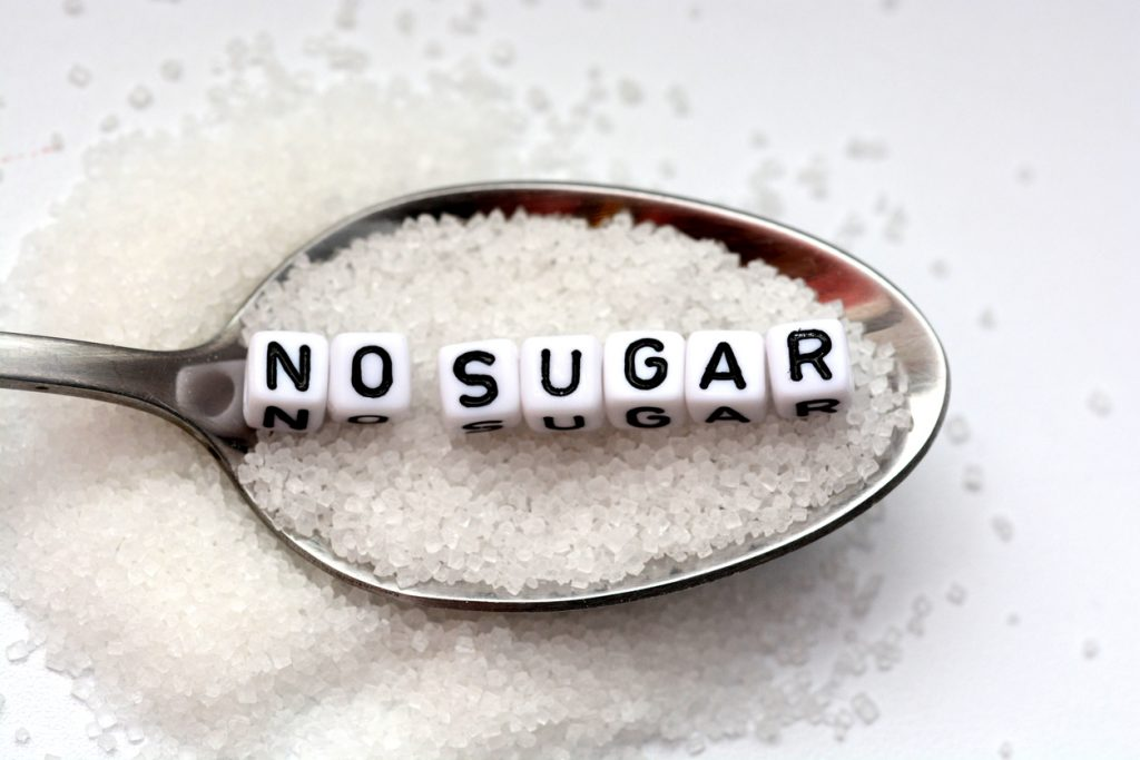 chế độ ăn uống - muỗng đường