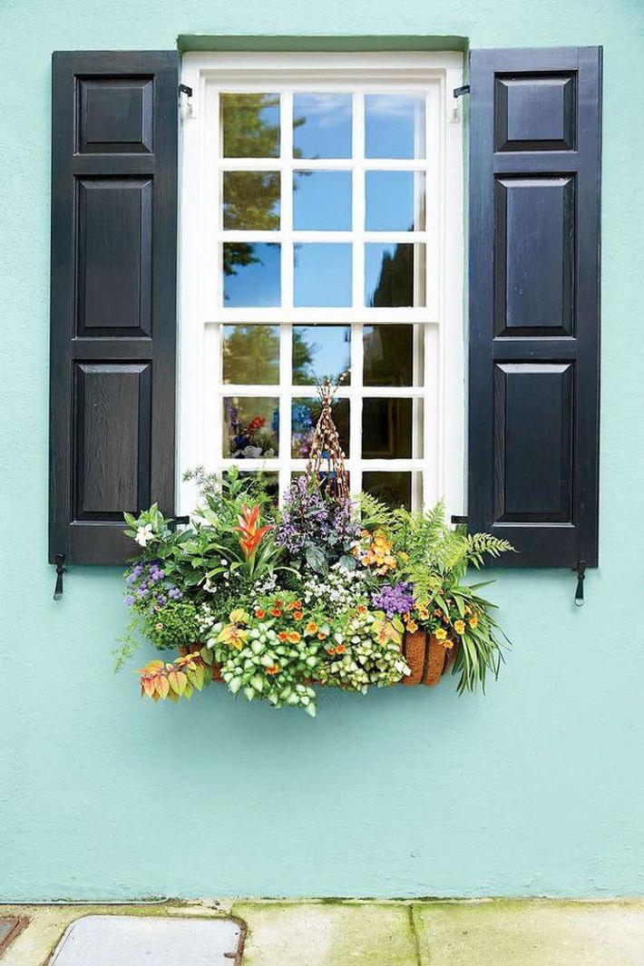 Những cách trang trí cửa sổ đơn giản mà đẹp bất ngờ không phải ai cũng biết - Ảnh 9.