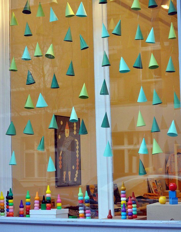 Những cách trang trí cửa sổ đơn giản mà đẹp bất ngờ không phải ai cũng biết - Ảnh 3.