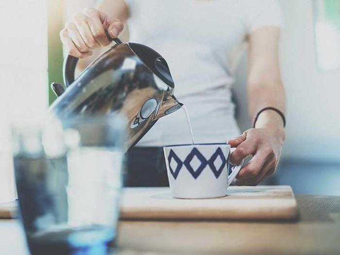 Không ngờ uống nước nóng lại có nhiều lợi ích như thế này