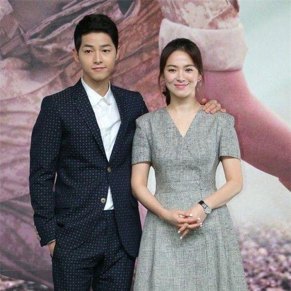 Giữa scandal ly hôn, tin nhắn cùng lời chia sẻ Cô con dâu xinh đẹp của gia đình tôi của bố Song Joong Ki gây bão - Ảnh 1.