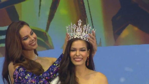 Chiêm ngưỡng nhan sắc của đại diện Thái Lan sẽ đối đầu với Hoàng Thùy tại Miss Universe 2019 0