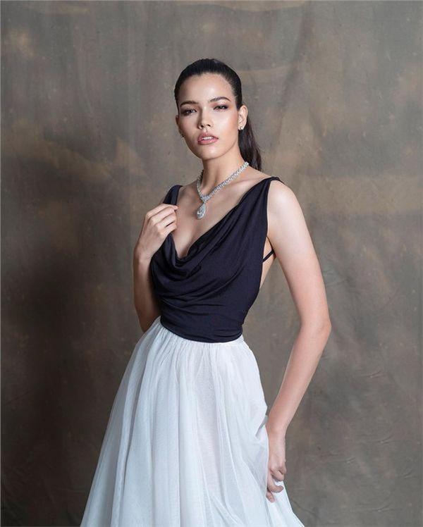 Chiêm ngưỡng nhan sắc của đại diện Thái Lan sẽ đối đầu với Hoàng Thùy tại Miss Universe 2019 3