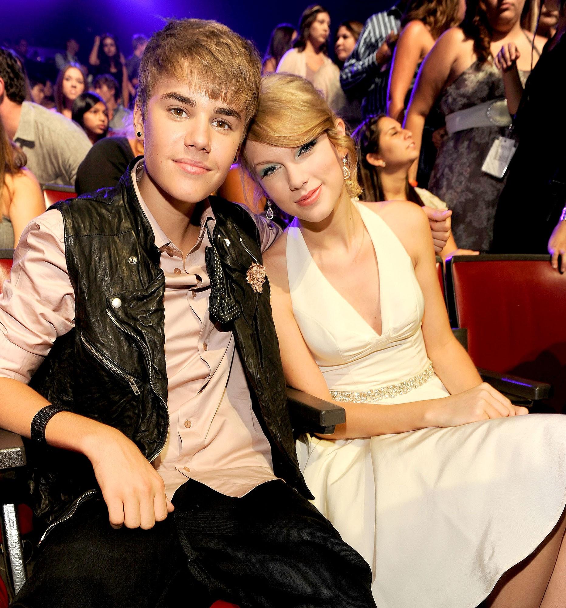 Ai ngờ trước khi cạch mặt, Taylor Swift và Justin Bieber đã từng thân đến mức tưởng chị chị em em mãi mãi bền lâu - Ảnh 5.