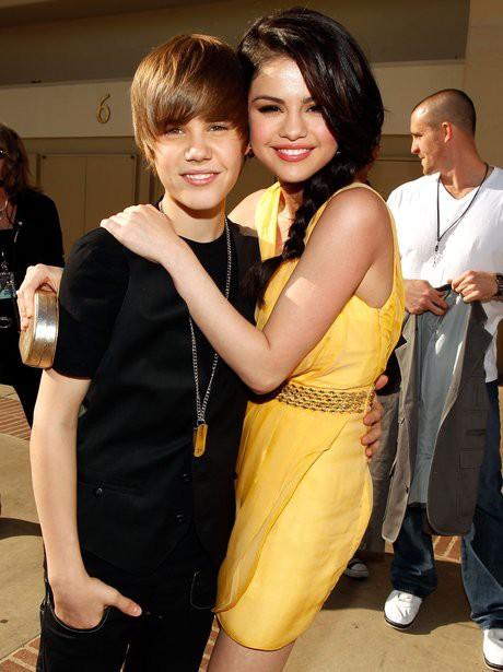 Ai ngờ trước khi cạch mặt, Taylor Swift và Justin Bieber đã từng thân đến mức tưởng chị chị em em mãi mãi bền lâu - Ảnh 4.
