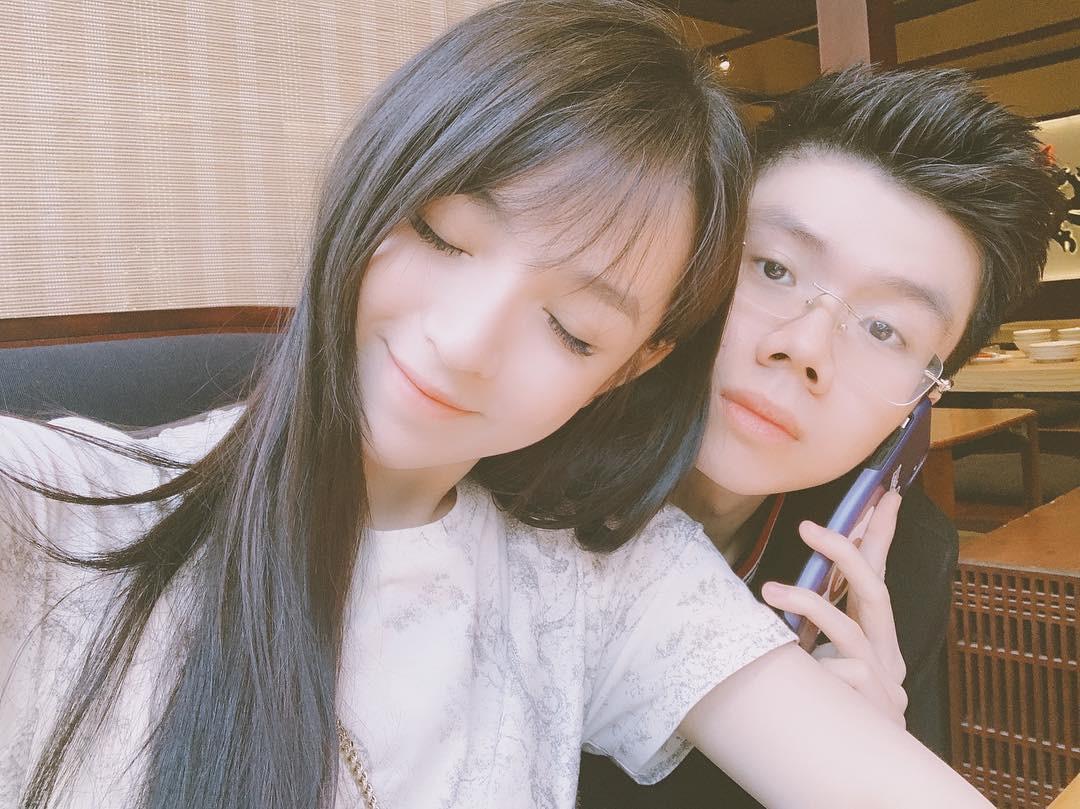 Couple yêu xa vượt biên giới: Hết đẳng cấp rich kid ship phở vào Sài Gòn đến test son sẵn cho bạn gái khiến fan gato điên đảo - Ảnh 9.