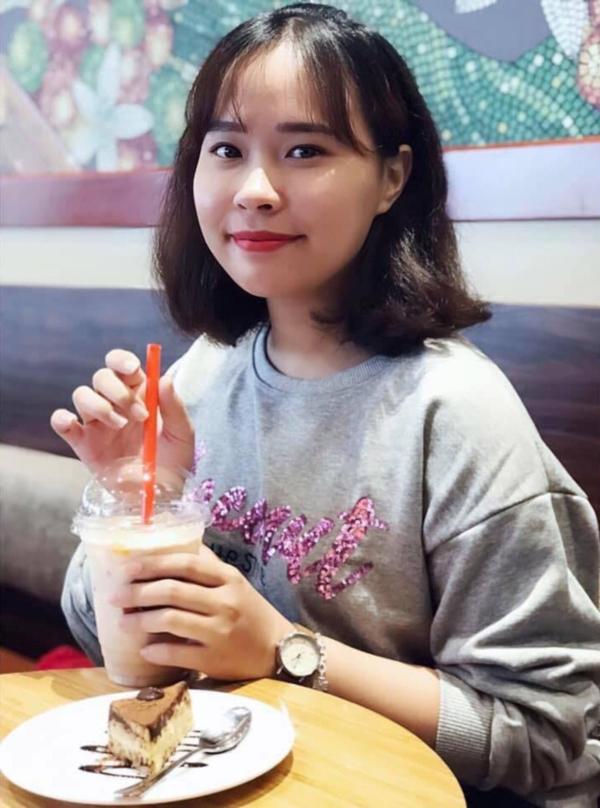 9X Minh Phượng.