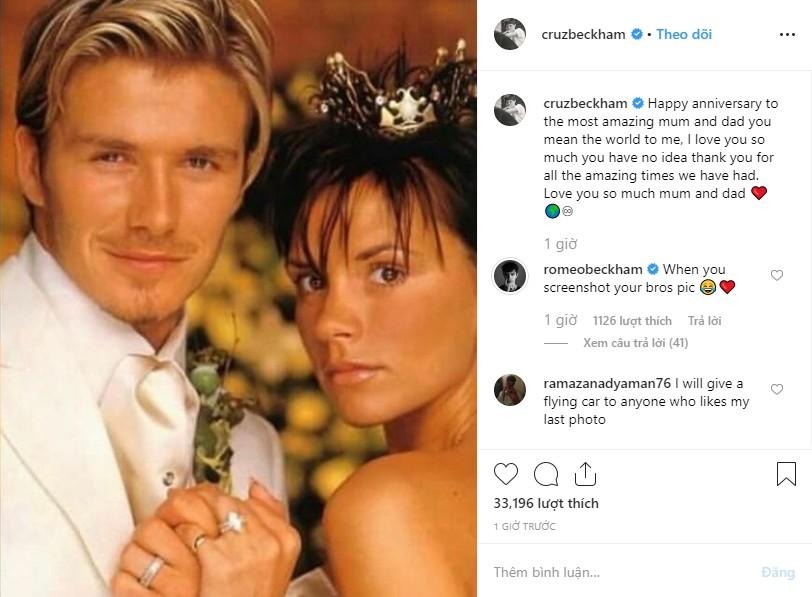 Cả gia đình chúc mừng kỷ niệm 20 năm ngày cưới Beckham - Victoria, Brooklyn gây chú ý nhưng không bằng Harper - Ảnh 5.