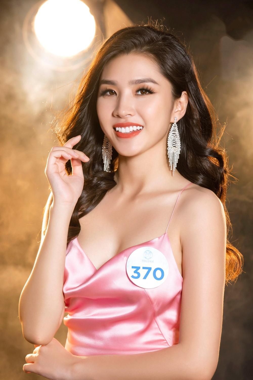 Cận cảnh sắc vóc thí sinh Miss World Việt miền Bắc: Hội chân dài 10x áp đảo, 2 nữ sinh 2001 hứa hẹn bùng nổ - Ảnh 27.