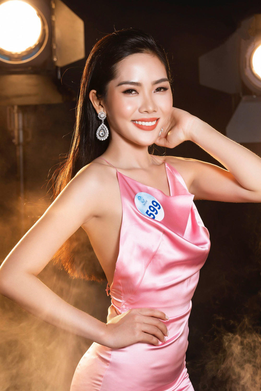 Cận cảnh sắc vóc thí sinh Miss World Việt miền Bắc: Hội chân dài 10x áp đảo, 2 nữ sinh 2001 hứa hẹn bùng nổ - Ảnh 4.