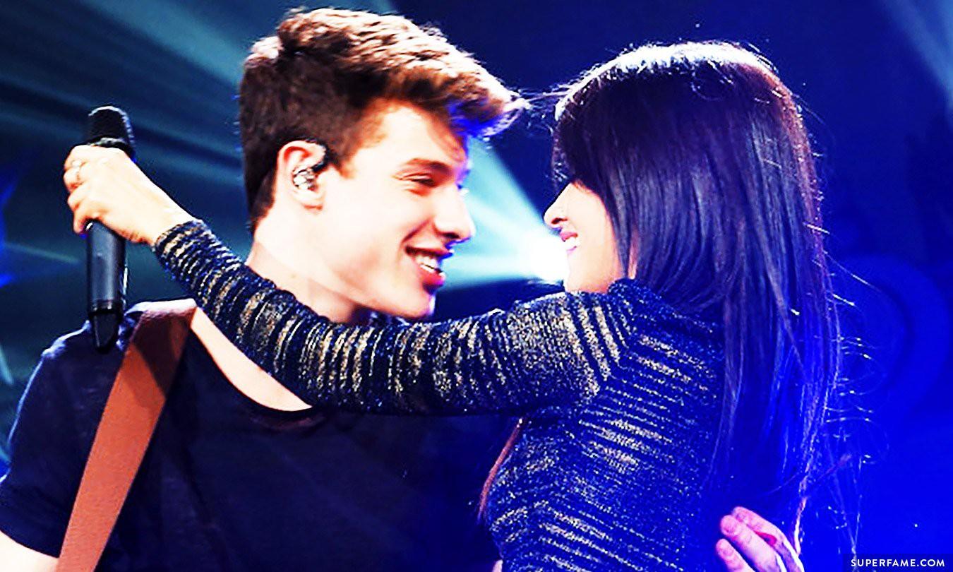 """HOT: Liên tục phủ nhận """"chỉ là bạn"""", Shawn Mendes bị bắt gặp hẹn hò tình tứ cùng Camila Cabello - Ảnh 7."""