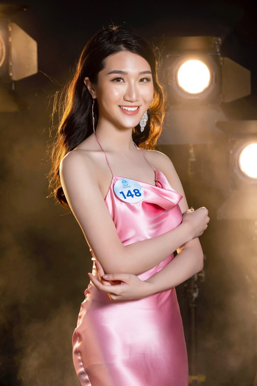 Cận cảnh sắc vóc thí sinh Miss World Việt miền Bắc: Hội chân dài 10x áp đảo, 2 nữ sinh 2001 hứa hẹn bùng nổ - Ảnh 7.
