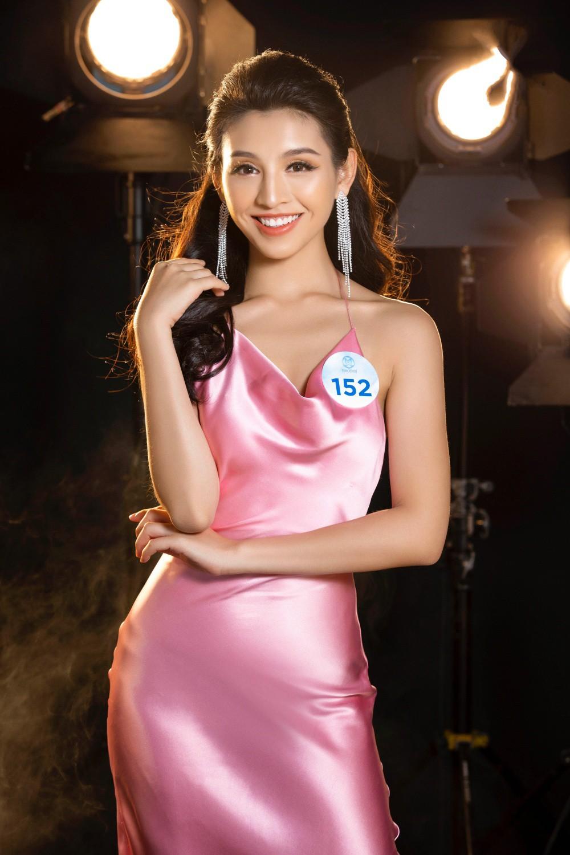 Cận cảnh sắc vóc thí sinh Miss World Việt miền Bắc: Hội chân dài 10x áp đảo, 2 nữ sinh 2001 hứa hẹn bùng nổ - Ảnh 26.