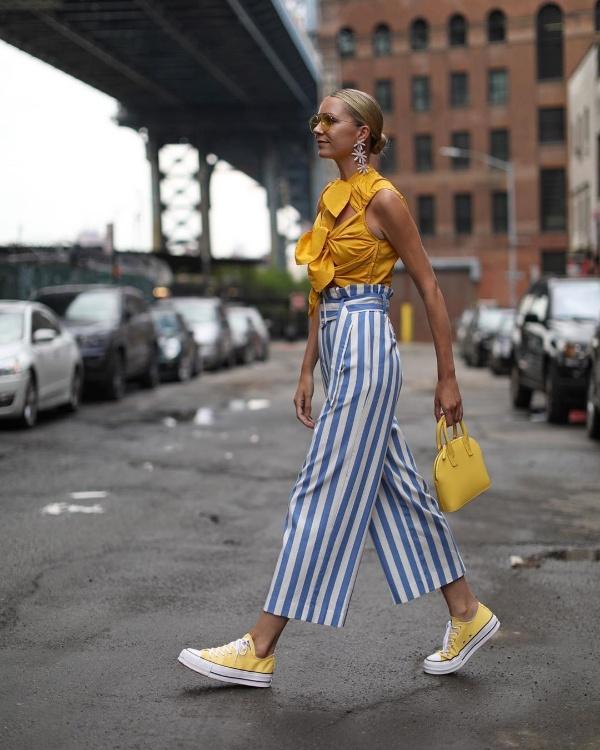 Instagram tuần qua: Lên đồ ngày mưa nắng thất thường tuyệt đẹp với áo crop top trẻ trung