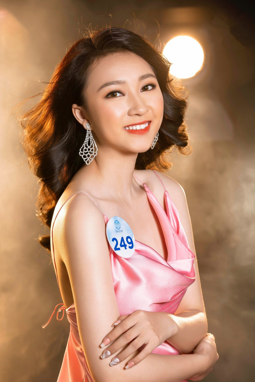 Cận cảnh sắc vóc thí sinh Miss World Việt miền Bắc: Hội chân dài 10x áp đảo, 2 nữ sinh 2001 hứa hẹn bùng nổ - Ảnh 22.