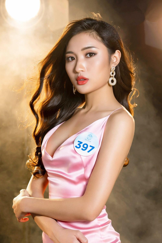 Cận cảnh sắc vóc thí sinh Miss World Việt miền Bắc: Hội chân dài 10x áp đảo, 2 nữ sinh 2001 hứa hẹn bùng nổ - Ảnh 9.