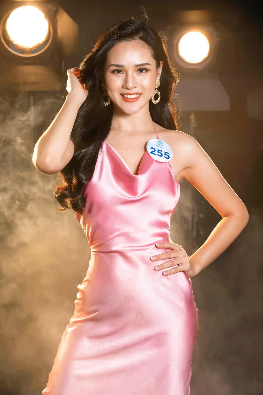 Cận cảnh sắc vóc thí sinh Miss World Việt miền Bắc: Hội chân dài 10x áp đảo, 2 nữ sinh 2001 hứa hẹn bùng nổ - Ảnh 21.