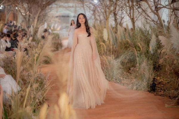 Bộ sưu tập váy cưới đẹp như cổ tích khiến cô dâu nào cũng muốn thử qua! 2