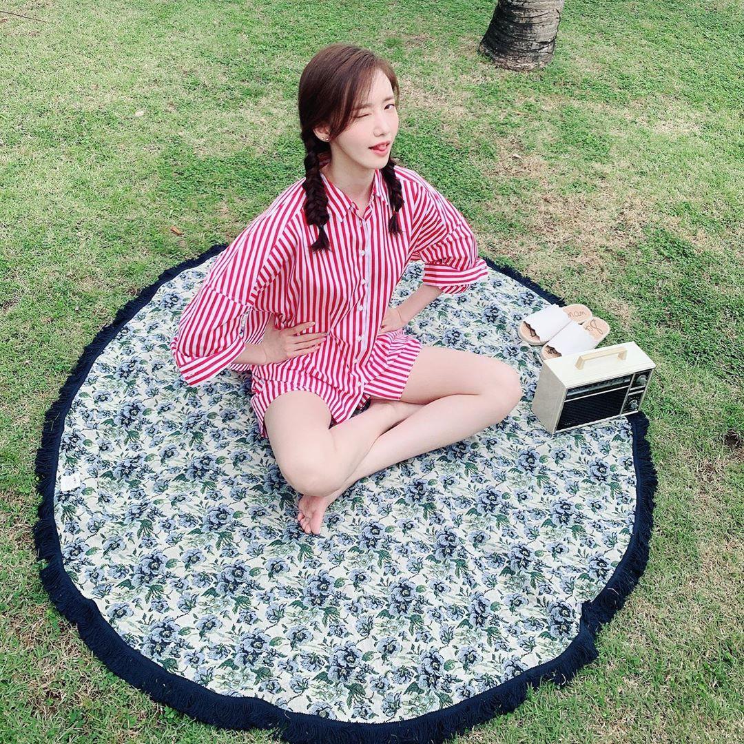 Vẫn khiến dân tình ngỡ ngàng với vòng eo con kiến và nhan sắc trẻ đẹp như gái đôi mươi, ai ngờ Yoona đã 29 tuổi? - Ảnh 2.