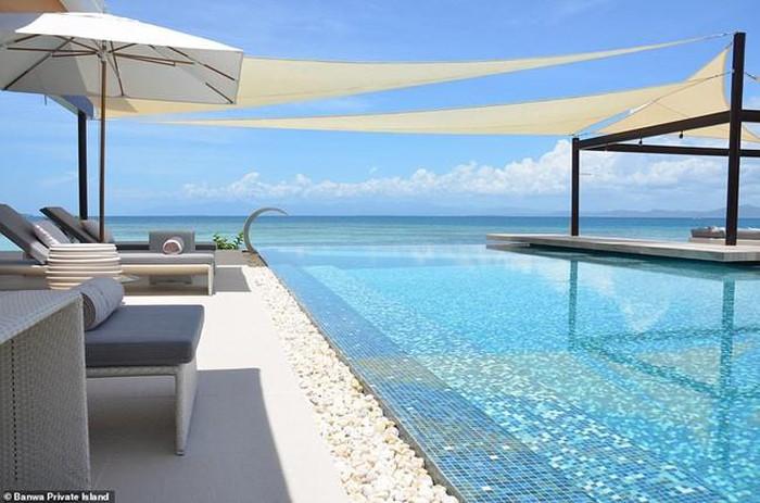 Đột nhập resort đắt nhất thế giới, tiền phòng bằng một căn chung cư