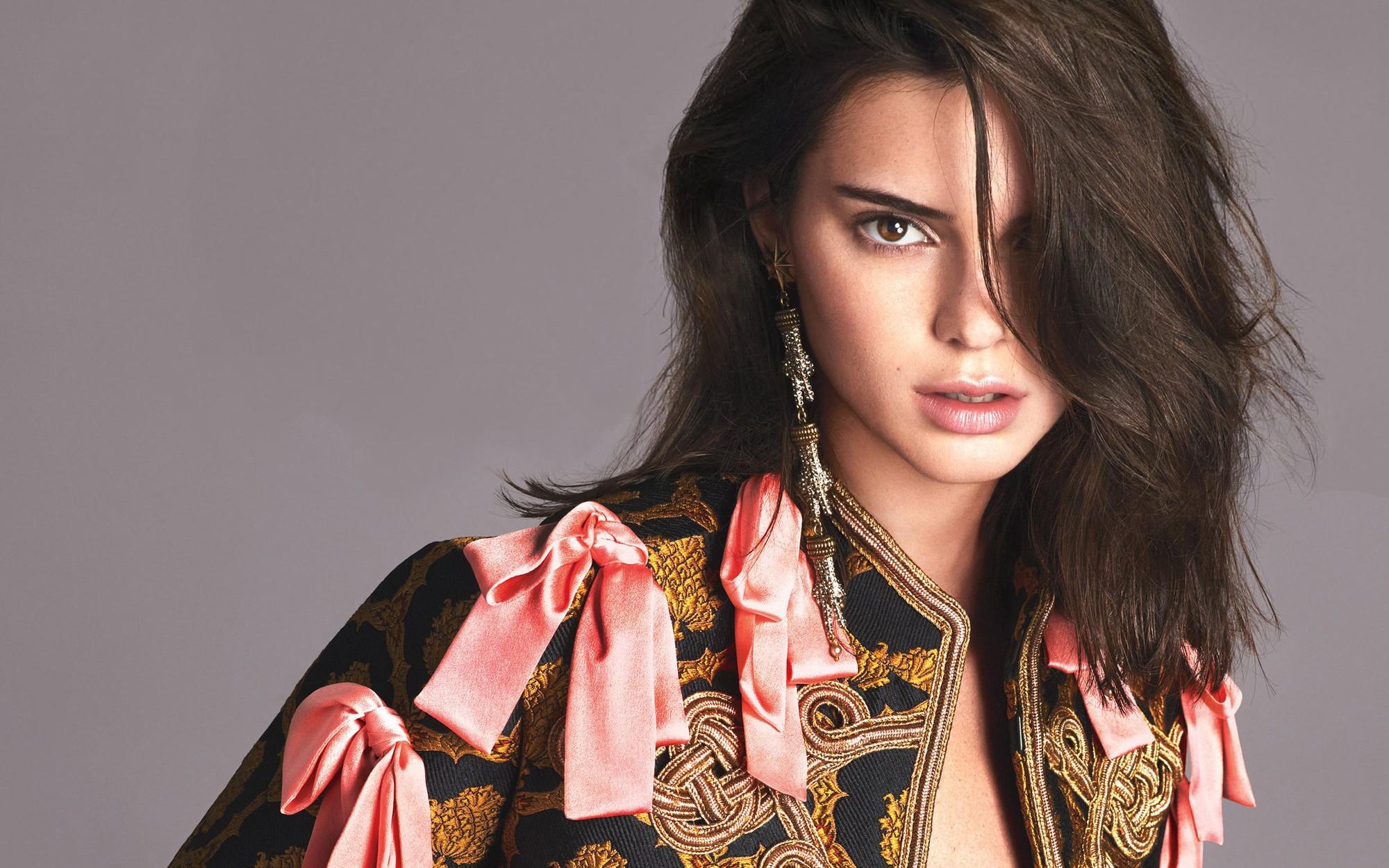 Kendall Jenner: Kẻ lạc loài nhà Kardashian đến mẫu 9x đắt giá nhất thế giới, cháu trai của Tổng thống Mỹ cũng phải mê - Ảnh 4.